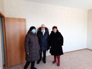 Пойковский, сдача дома, новоселье, Владимир Семенов, Алла Бочко