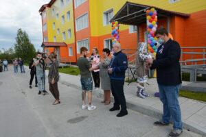 Владимир Семенов, сдача дома, Пойковский