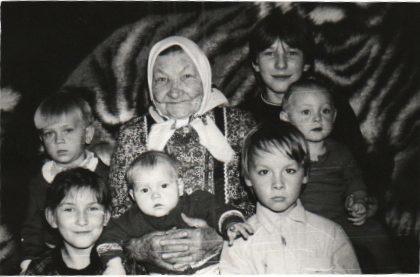 Тукмачев А.Ф. - Рядышком с бабушкой