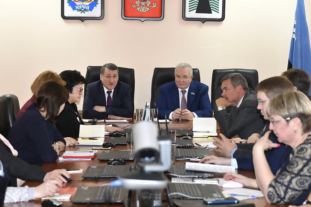 Владимир Семенов, заседание, Нфтеюганский район