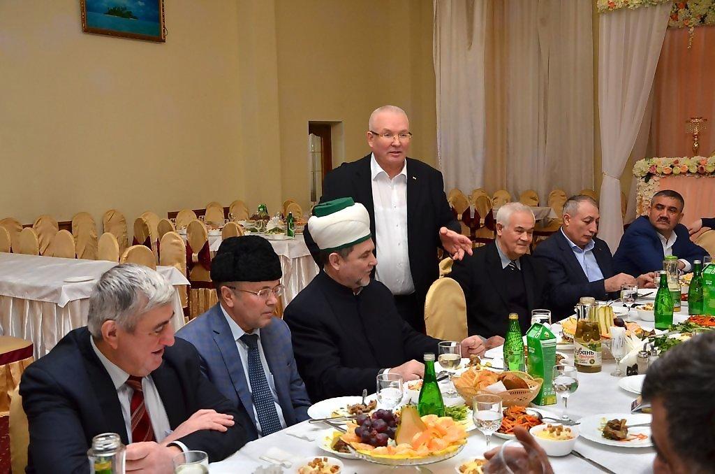 Тагир Хазрат. Владимир Сменов. диаспоры